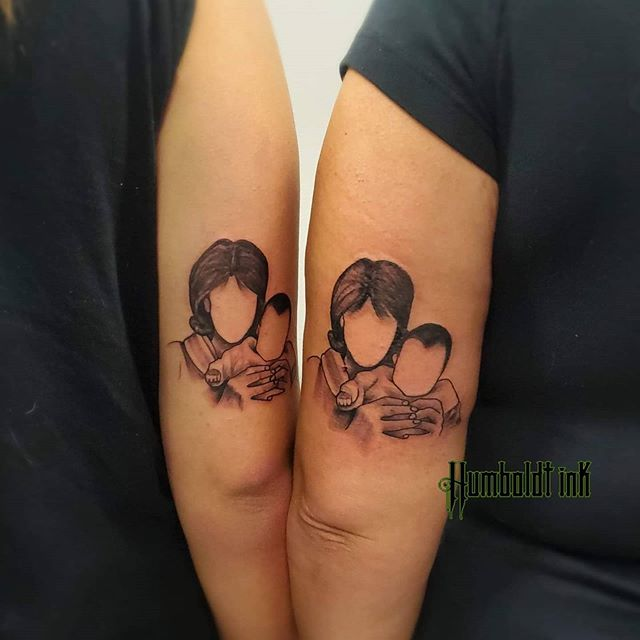 mother-daughter-tattoo-33